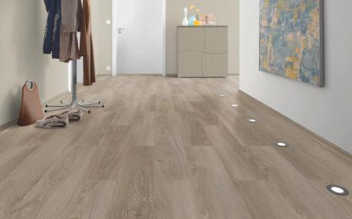 Ламинат EGGER Floorline Medium Compact Дуб амьен светлый (H2730) фото в интерьере